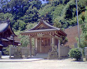 280px-Kasuga_shrine_Up200607292025